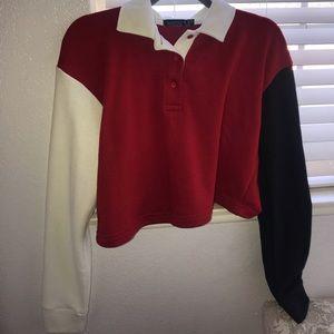 Triple colored collar sweater